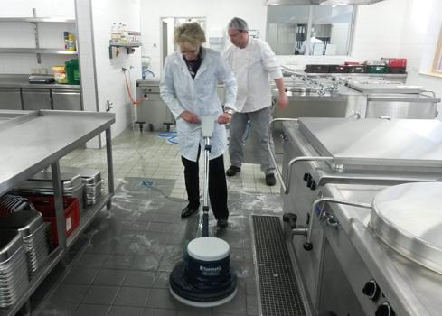 rws-cateringservice_kueche_borna_cateering_reinigung