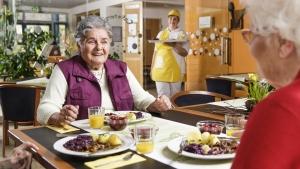 rws-cateringservice_mittagessen_seniorenheim_altenpgflegeheim_senioren