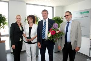 v.l.n.r.: Yvonne Klose (RWS), Christine Manz und Olaf Wenzel (Volkssolidarität) sowie Volkmar Ruppert (RWS). Foto: Uwe Schürmann